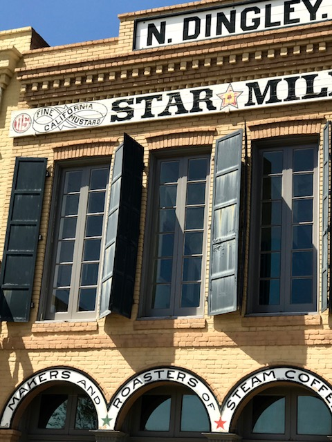 Dingley Building Windows – Old Sacramento